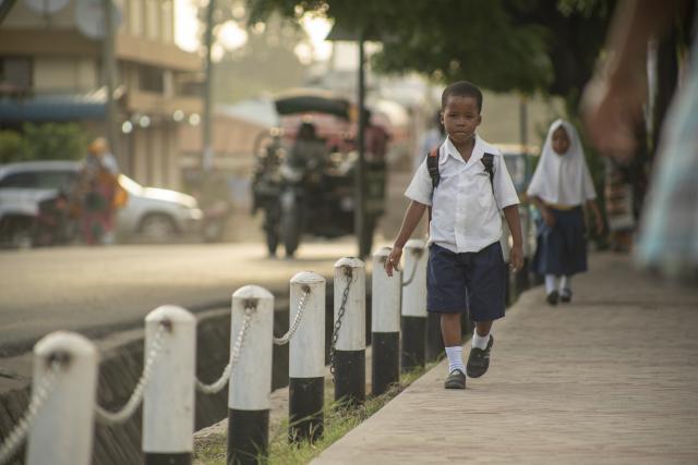 Los corredores crean un ambiente más seguro para los niños y todos los peatones. Foto de Kyle Laferriere.